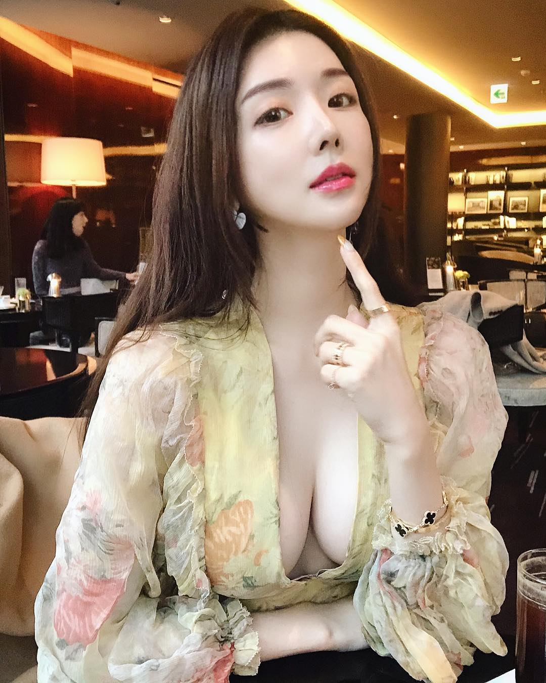 Korean Chaozheng blogger, with hot and sexy figure 380
