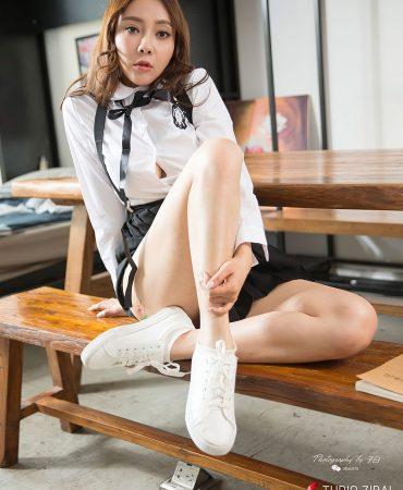 TouTiao Girls Vol.814 Go to school