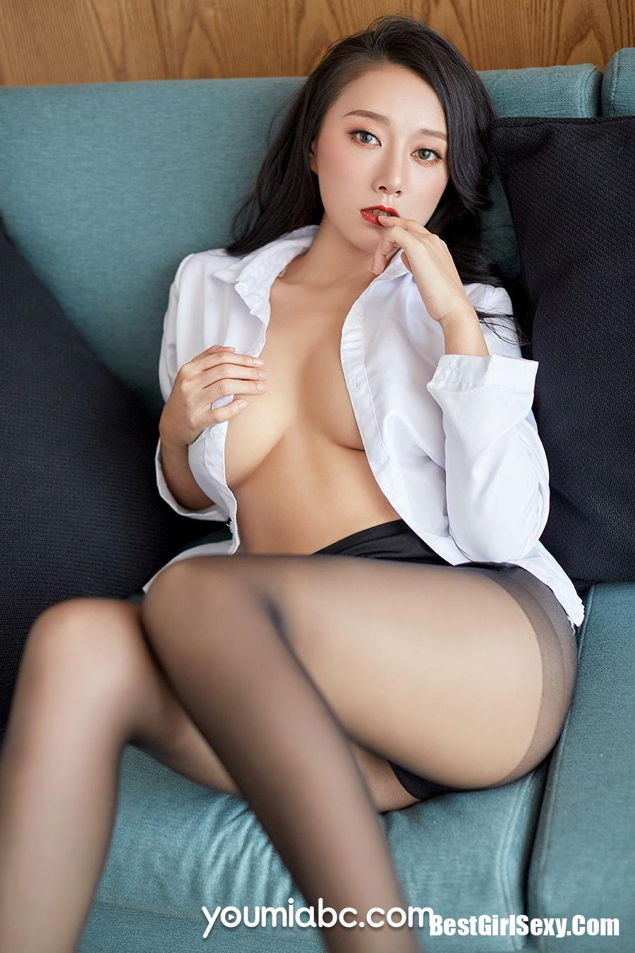 Youmei Vol.268 He Jia Ying
