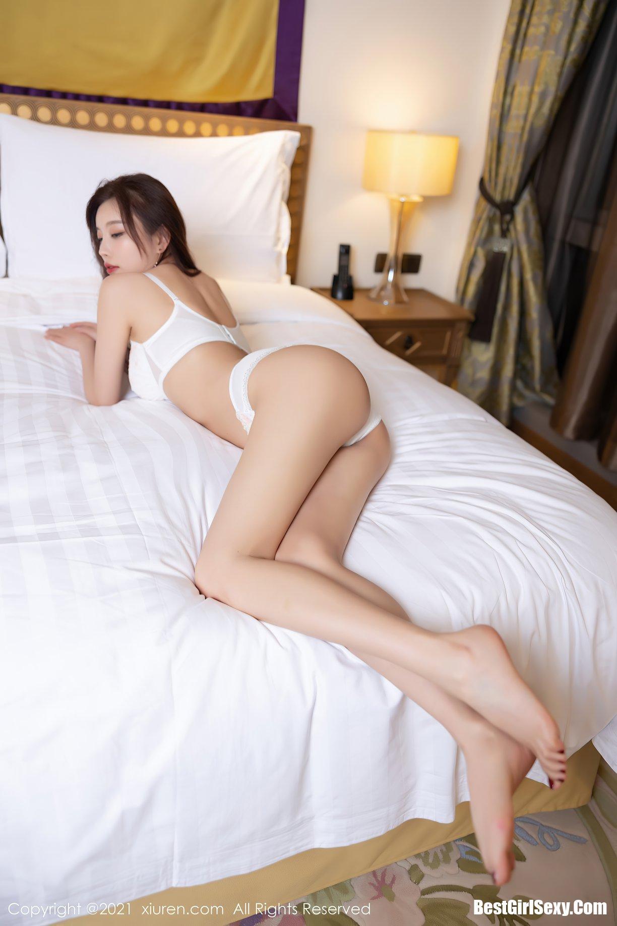杨晨晨Yome, Yang Chen Chen, XiuRen秀人网 No.3691 Yang Chen Chen, XiuRen秀人网 No.3691